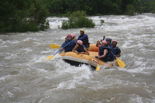 Rafting at Kolad IMG_1053