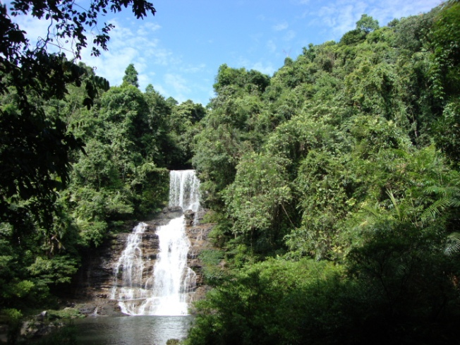 Niriang waterfall Meghalaya DSC00927_Anurag Mallick