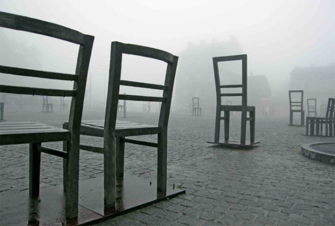 Krakow Holocaust monument_Chairs