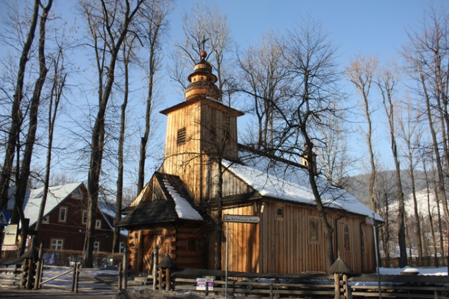 Poland_Zakopane's typical wooden architecture IMG_2280