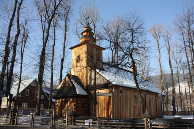 Poland_Zakopane's typical wooden architecture IMG_2280
