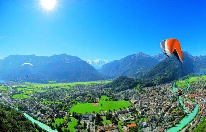 Switzerland_Paragliding from Jungfrau