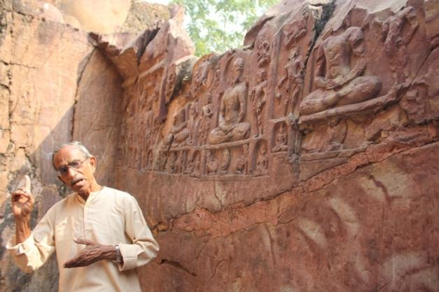 Bihar_Rajgir Sonbhandar eastern cave with Jain sculptures IMG_6603_Anurag & Priya