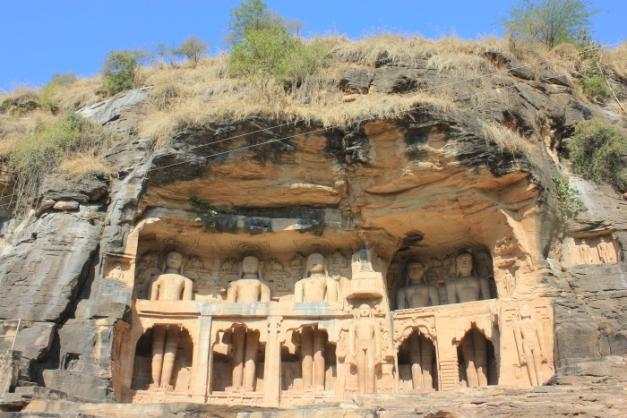 Gwalior Fort_Jain statues at Gopachal Parvat IMG_4997_Anurag & Priya