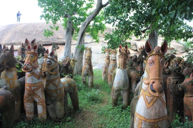IMG_8767 Melamalai Ayyanar shrine at Narthamalai-Anurag Mallick_Priya Ganapathy