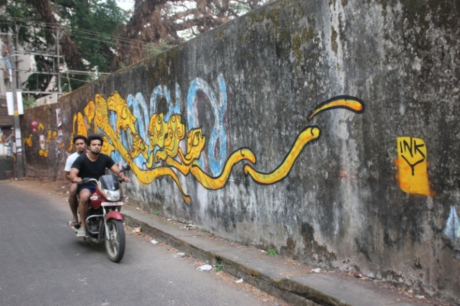 IMG_9450 Graffiti on Burgher Street_Anurag Mallick