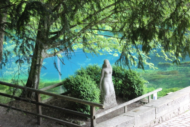Bleubauren-Blautopf statue of Schönen Lau IMG_0599_Anurag Mallick