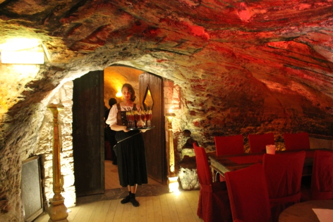 Pfullendorf-Felsenkeller dining in a cellar IMG_1219_Anurag Mallick