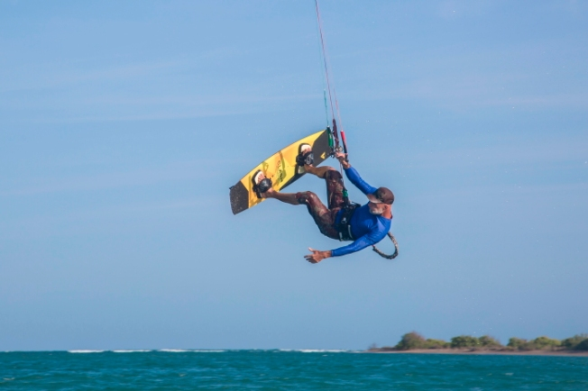 Kiteboarding near Rameshwaram C55A9949-2