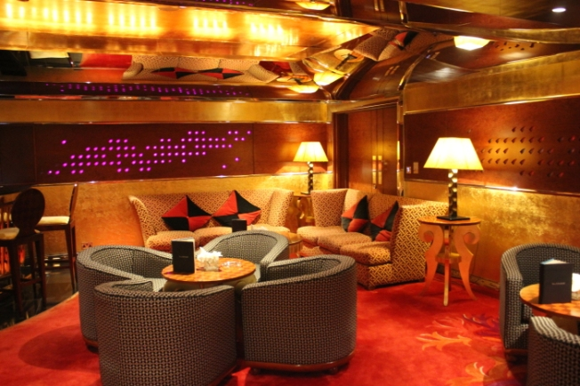 Al Mahara lounge 2015-12-18 16.27.26