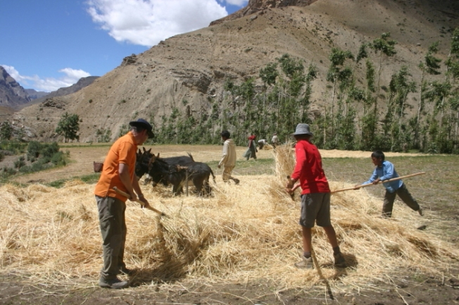 Spiti Ecosphere-Volunteering along the trail_Anurag Mallick