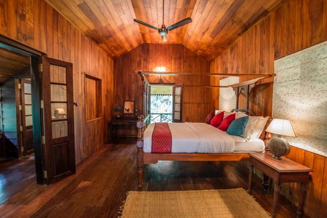 7-mackenzie-suite-bedroom