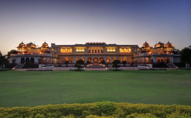 rambagh-palace-jaipur-palace-exterior