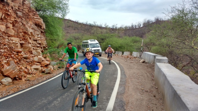 nahargarh-morning2-virasat-jaipur-cycling-tours