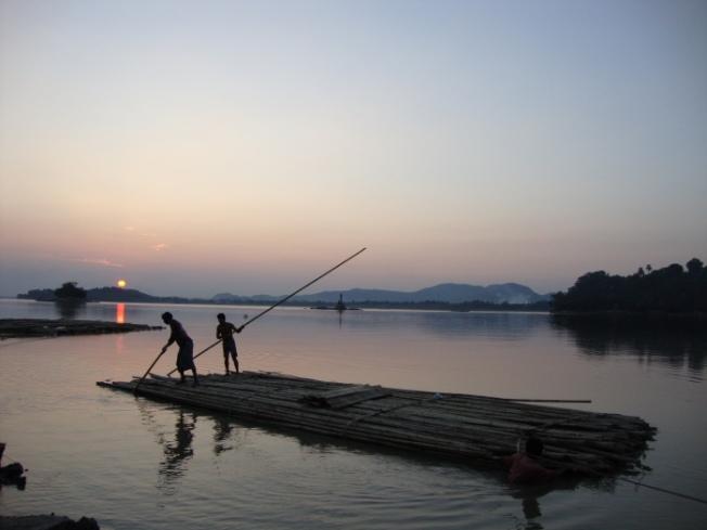 dsc00194-guwahati-brahmaputra-sunset_anurag-mallick