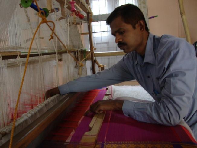 dsc05166-sualkuchi-sari-weaving_anurag-mallick