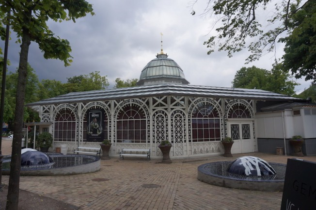 DSC03218-Glasshouse at Tivoli Gardens