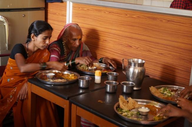 Basappa Khanavali Dharwad-local favourite DSC02879_Anurag Mallick
