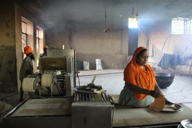 Gurudwara Nanak Jhira Bidar langar kitchen IMG_5048_Anurag Mallick