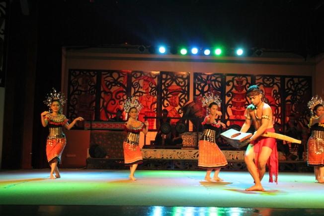 Sarawak Cultural Village-cultural performance IMG_5293