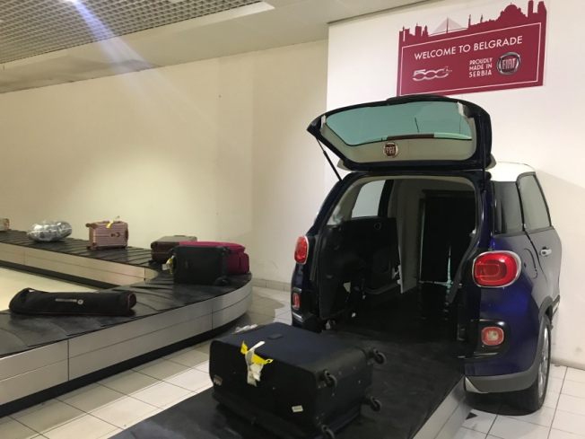 Nikola Tesla Airport baggage carousel IMG_8829_Anurag Mallick