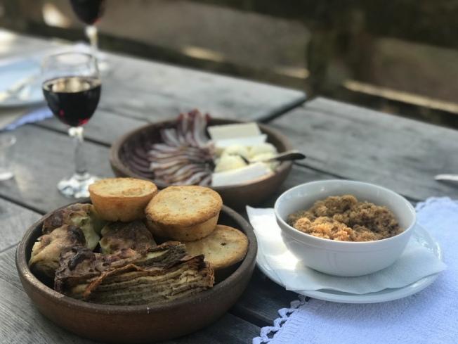 Sirogojno village meal IMG_9164_Anurag Mallick
