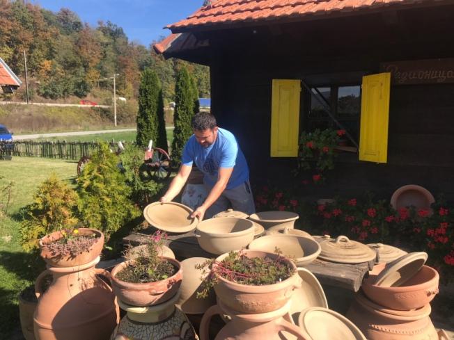 Zlakusa pottery IMG_9118_Anurag Mallick