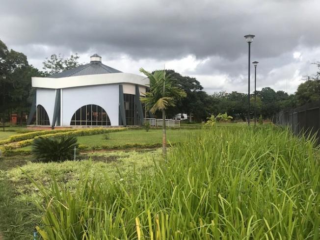Lusaka-President's Memorial IMG_4583