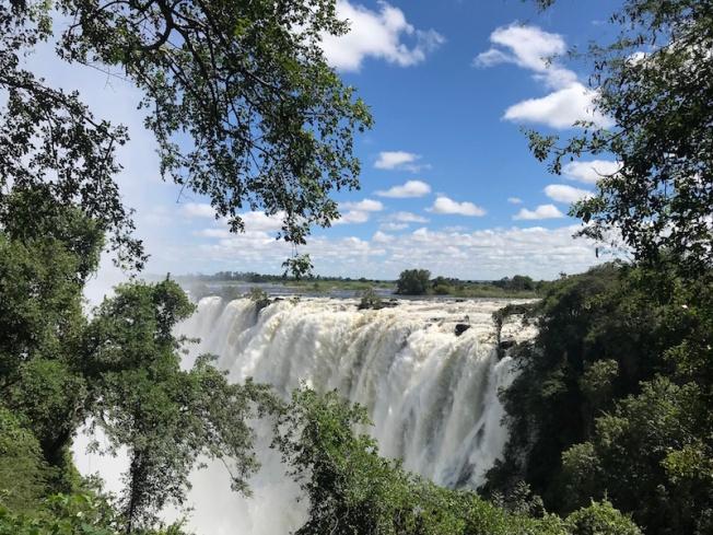 Livingstone-Vic Falls IMG_3599