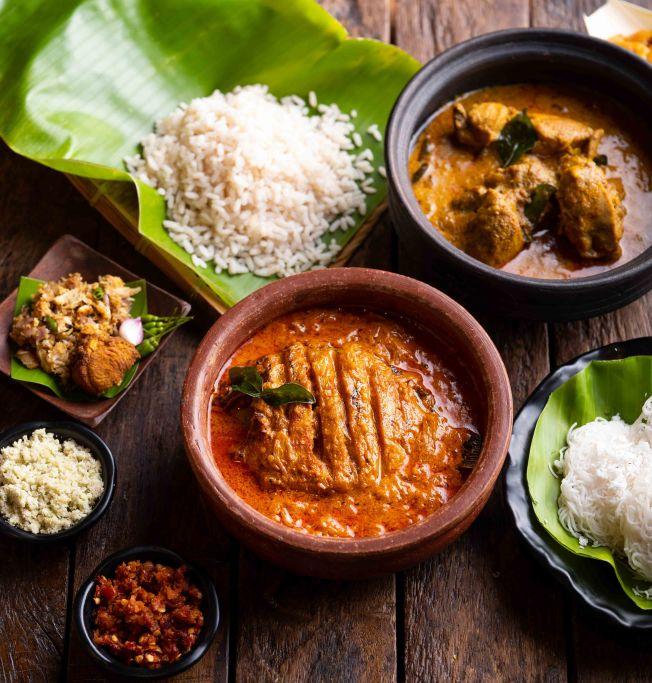 Chatti meen & Kozhi Curry 3_Kappa Chakka Kandhari_Photo by Vinayak Grover